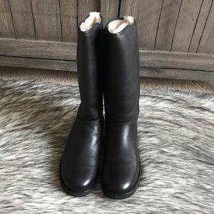 9b0f5bf51bc ✨New Women's Abree II Leather in Black✨